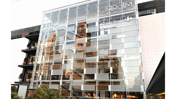 Jardim pamplona shopping glass facade carrefour property division