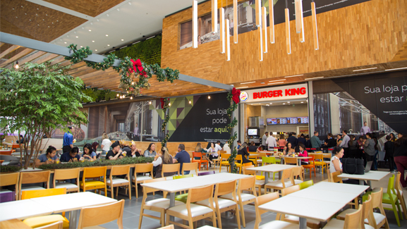 Jardim Pamplona shopping mall food court restaurants burger king